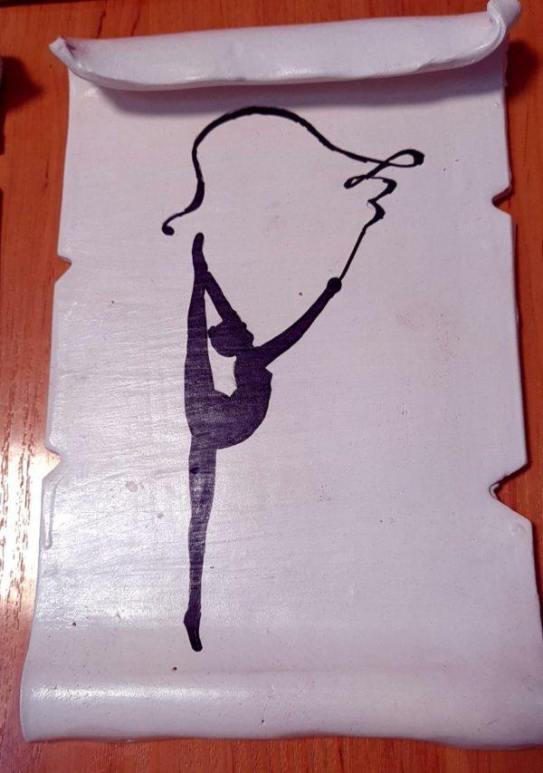 Cinta - Pergamino de barro cocido hecho a mano con diferentes motivos de gimnasia rítmica - MMSport